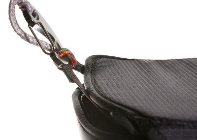 Kockpit Safe-carabiner-2500px-web