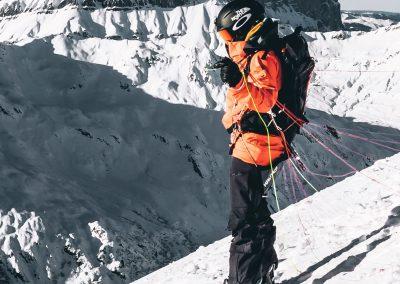 Snowboard + Parapente © Mathis Dumas