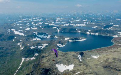 Vuelo en vivac en Noruega ...
