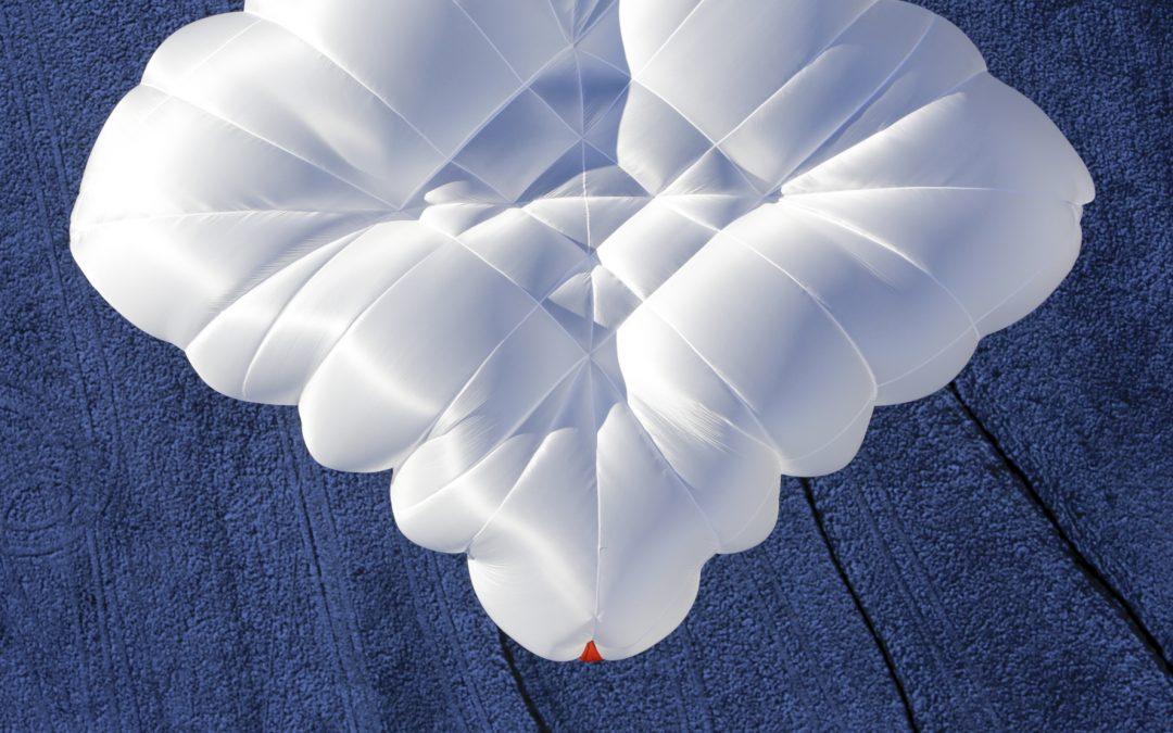 Réflexion sur les parachutes de secours …